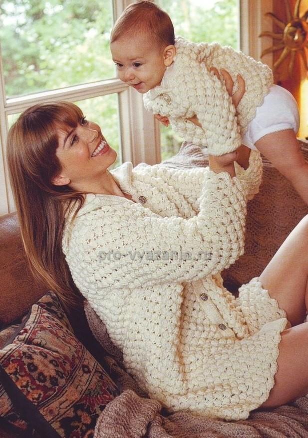 вяжем парный пуловер для мамы и малыша